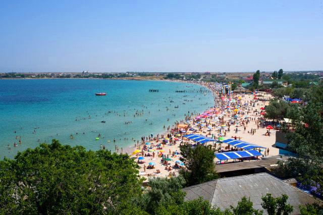Мацеста - всемирно известный курорт в долине одноименной реки, впадающей в черное море в 8 км к ю-в от устья р сочи